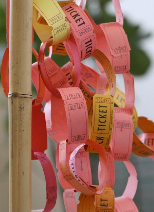 Photo Found Here http://www.pamgarrison.com/2012/06/pretty-paper-chains.html